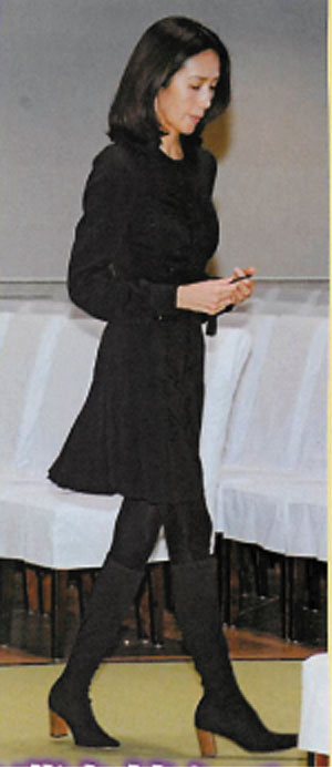 【芸能】キムタク、着物女優をエスコートせず レッドカーペット階段「ひとり飄々と」★19 [無断転載禁止]©2ch.netYouTube動画>8本 dailymotion>1本 ->画像>393枚