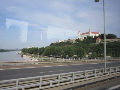 車窓からのプラチスバ城①-1 7・24