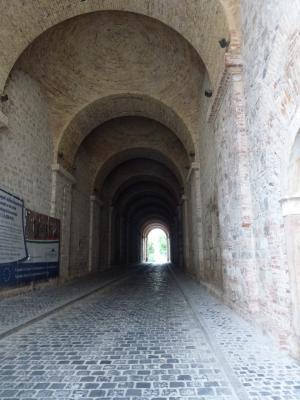 エステルゴム大聖堂⑨地下道 7・25