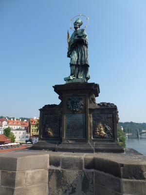 カレル橋彫像① 7・27