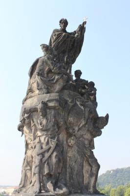 カレル橋彫像③ 7・27