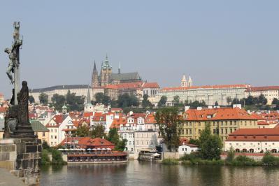 カレル橋からプラハ城① 7・27