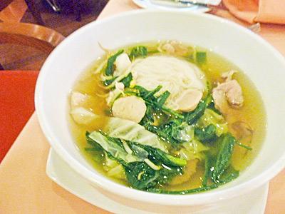 カンボジア風ラーメン