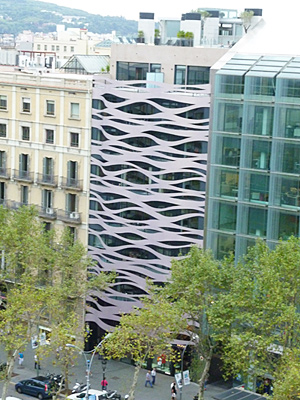 日本人建築家・伊藤豊雄がデザインした建物