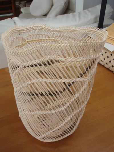 さざ波編みの籠
