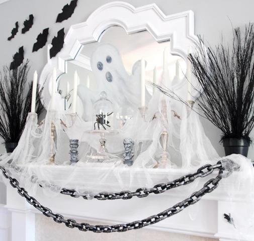 Halloween-Mantel-Decorating-Ideas.jpg