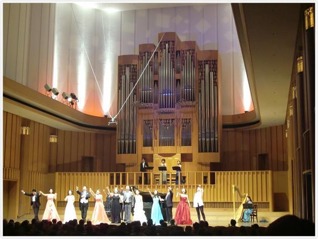 第3回公演:虹色コンサート08