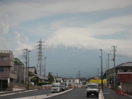 金環日食の朝の富士山1