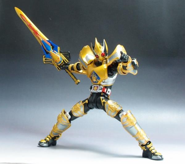 shf_maskedrider_blade_kingform (7)
