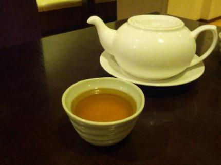 冷たいウーロン茶