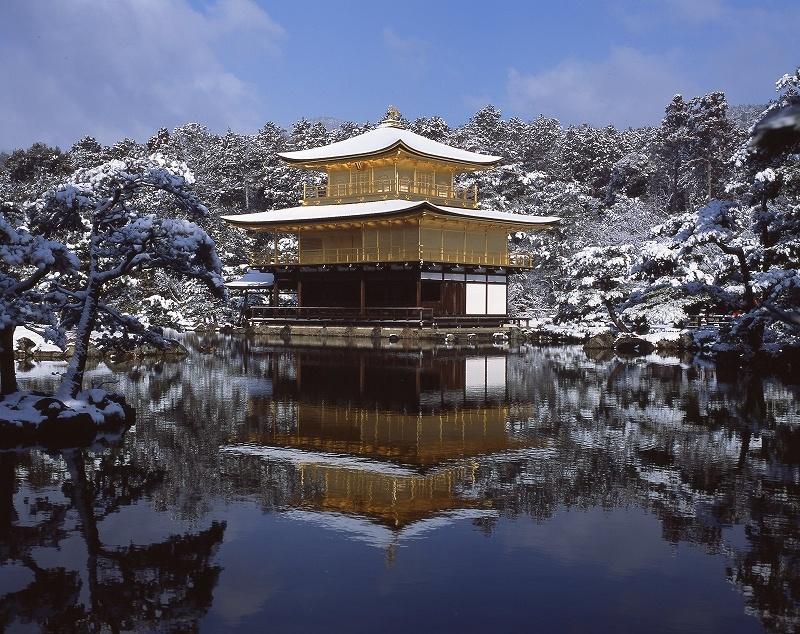 雪の金閣寺3