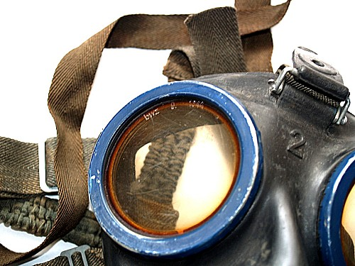 gasmask52.jpg