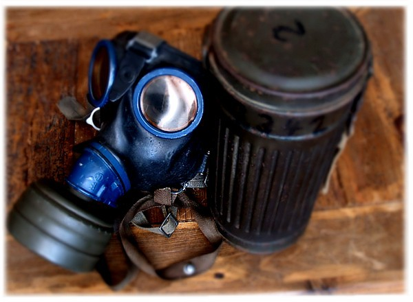 gasmask54.jpg