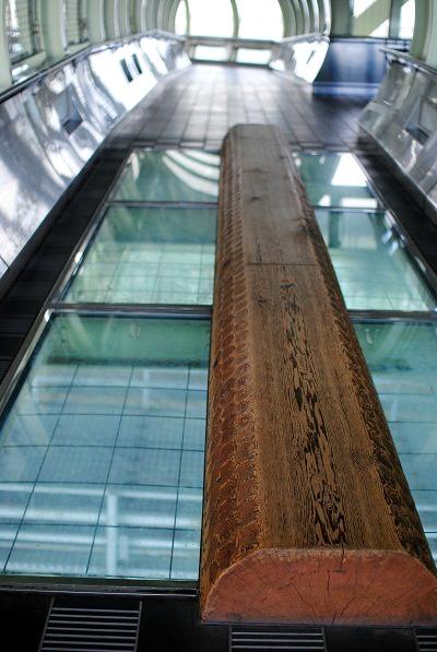 47m海上の丸木橋