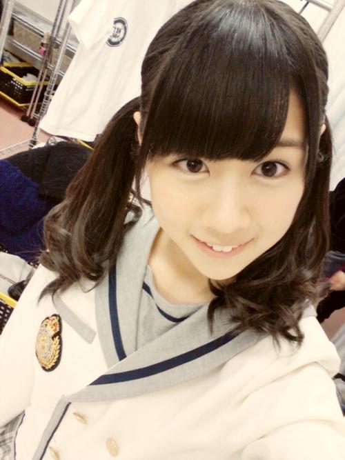 HKT48若田部遥が同じような角度から写メ撮りすぎ問題