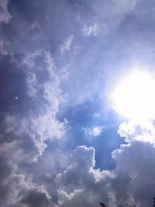 大雨が降る直前の積乱雲
