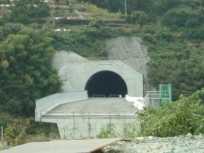 名坂道路27