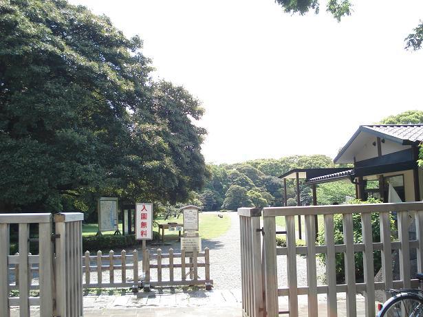 2013.5.4 s浜離宮恩賜庭園 中の御門口