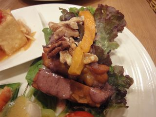 テンペと季節野菜のサラダ