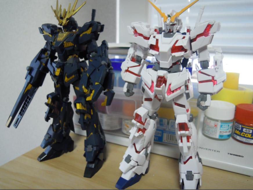 UNICORN_GUNDAM_D-MODE_02.jpg