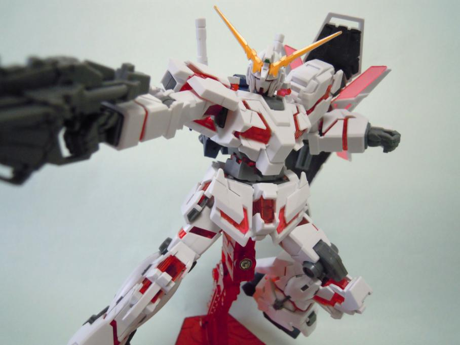 UNICORN_GUNDAM_D-MODE_08.jpg
