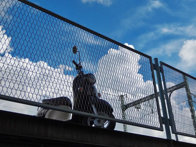 120901入道雲と京急2