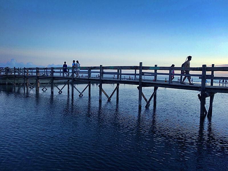 120915滑川人道橋1