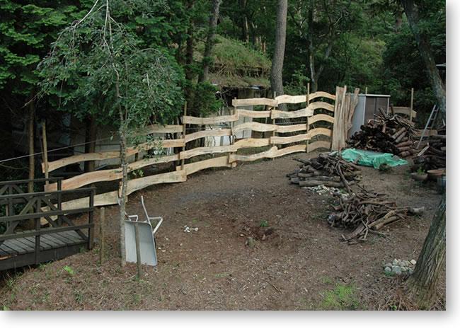 東側の鹿避け柵完成