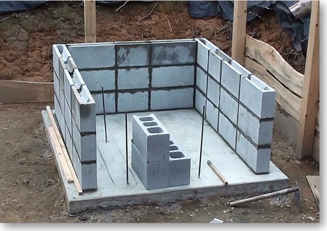 石窯の基礎-ブロック積み1回目