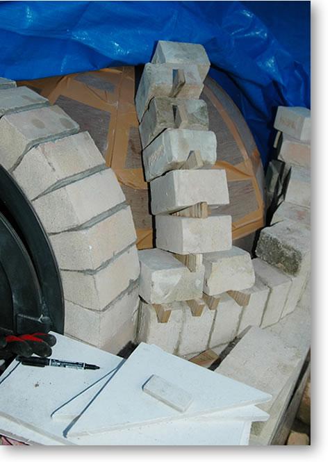 石窯ドーム部分のレンガ積みテスト