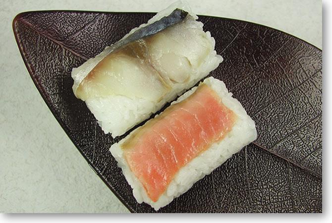 奈良より乃の柿の葉寿司