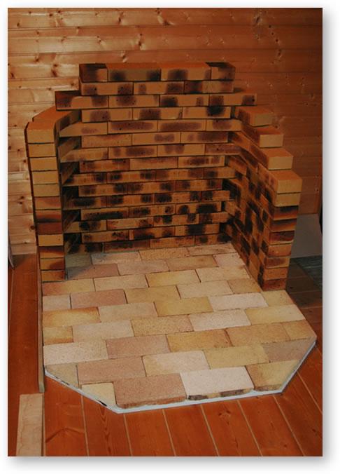 薪ストーブの炉台と壁面