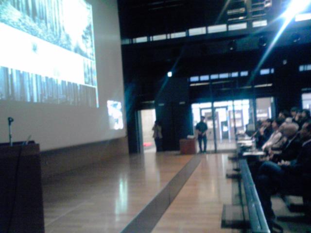 2012,5,26,コンペ講評会1、KC3T0157