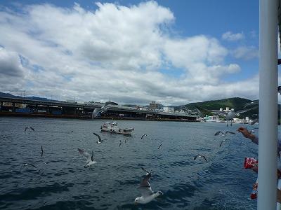 気仙沼・大島フェリーから魚市場、P1030343