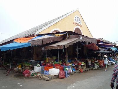 ベトナム012、9・1、ホイアン日本人街の市場、P1030515