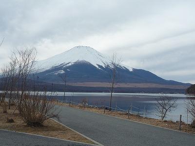 013,1,6,山中湖からの富士、P1040075