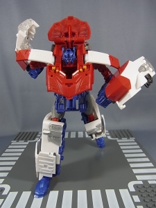 TFGo! G26 オートボット総司令官オプティマスエクスプライム ロボットモード019