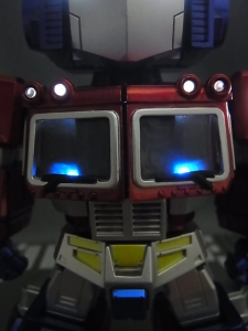 KIDS LOGIC DAF トランスフォーマーG1 オプティマス・プライム ライトアップ023