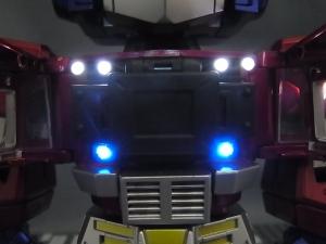 KIDS LOGIC DAF トランスフォーマーG1 オプティマス・プライム ライトアップ024