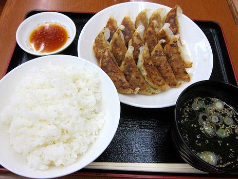 宇都宮定食餃子