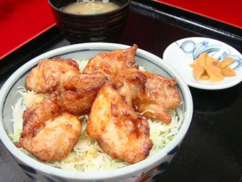 津軽鶏唐揚丼