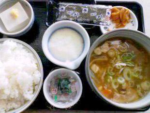 名物グルメ-豚汁定食