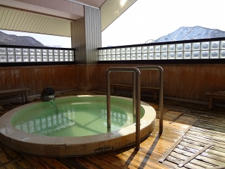 錦秋湖SAの温泉・シャワー施設