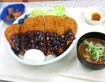 名物グルメ-わらじ味噌とんかつ丼