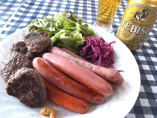 ビールと肉料理