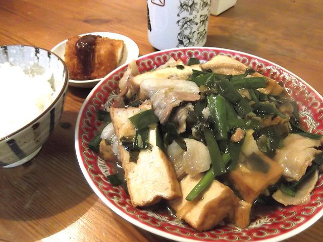 肉ニラ豆腐