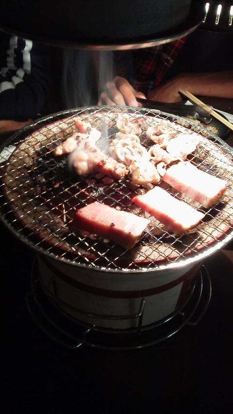 2012年9月29日柏崎ホルモン 肉焼き中