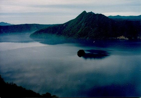 摩周湖と朝霧