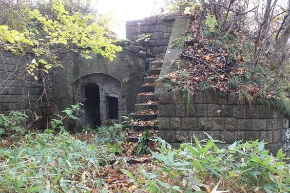 穴潤要塞跡2