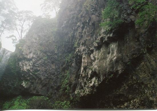 クテクン滝 (4)